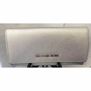 Michael Kors Jet Set Flap Wallet Silver Leather